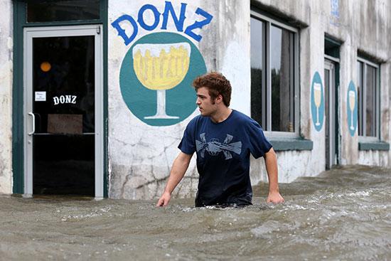 الإعصار بارى يضرب نيو أورليانز الأمريكية (7)