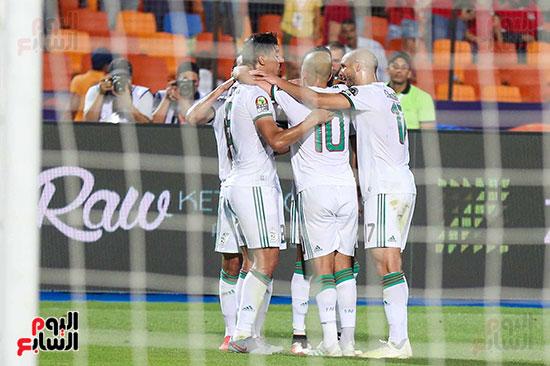 الجزائر ونيجيريا (7)