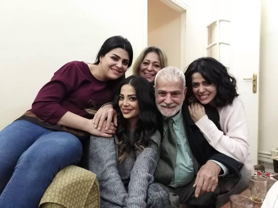 الكاتب ممدوح الاطرش وعائلته
