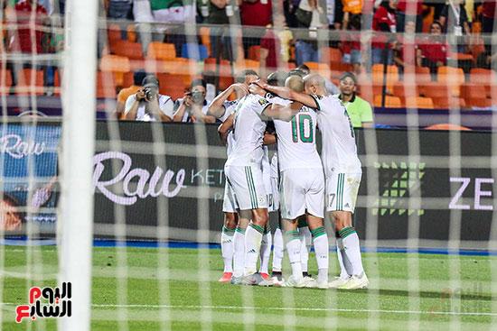 الجزائر ونيجيريا (6)