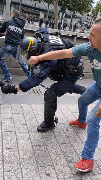 ضرب-شرطى-فى-فرنسا