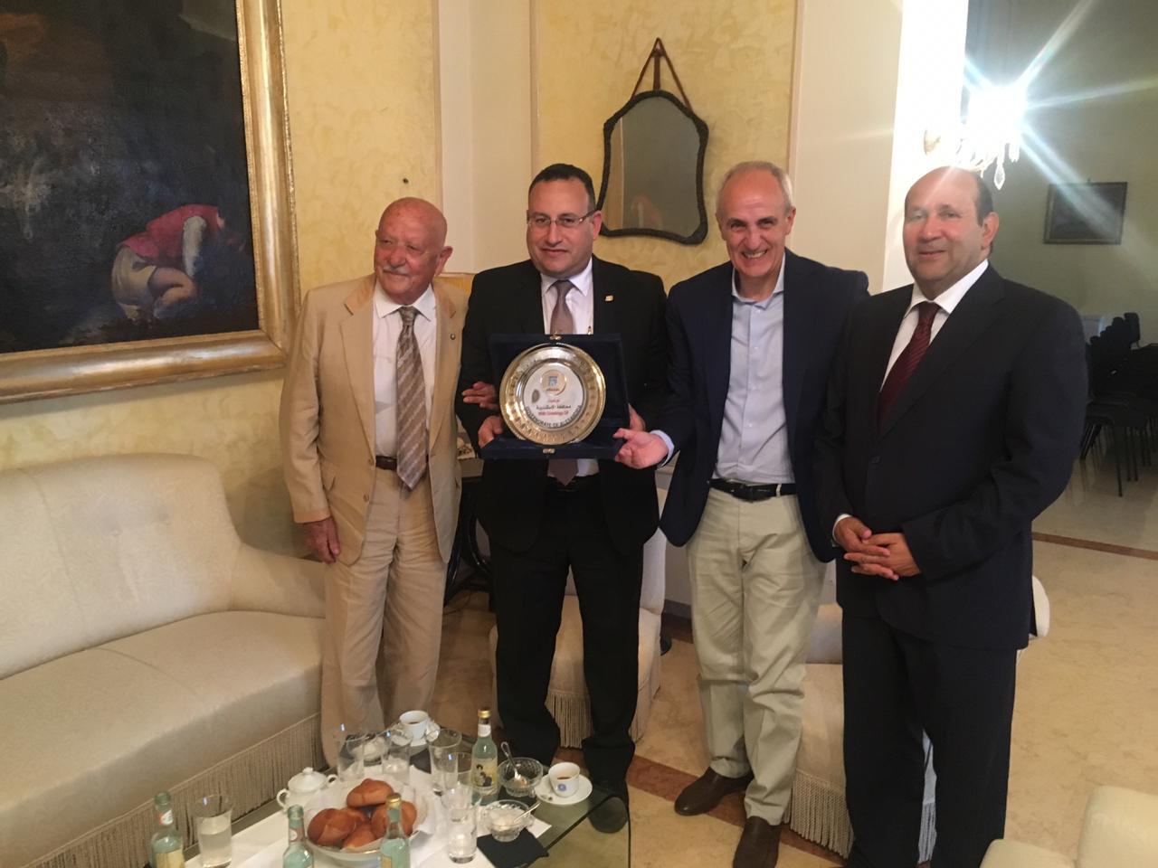 محافظ الإسكندرية مع محافظ  (3)
