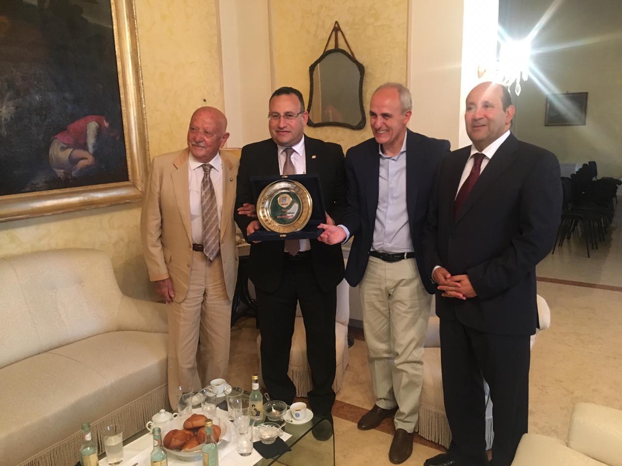 محافظ الإسكندرية مع محافظ  (2)