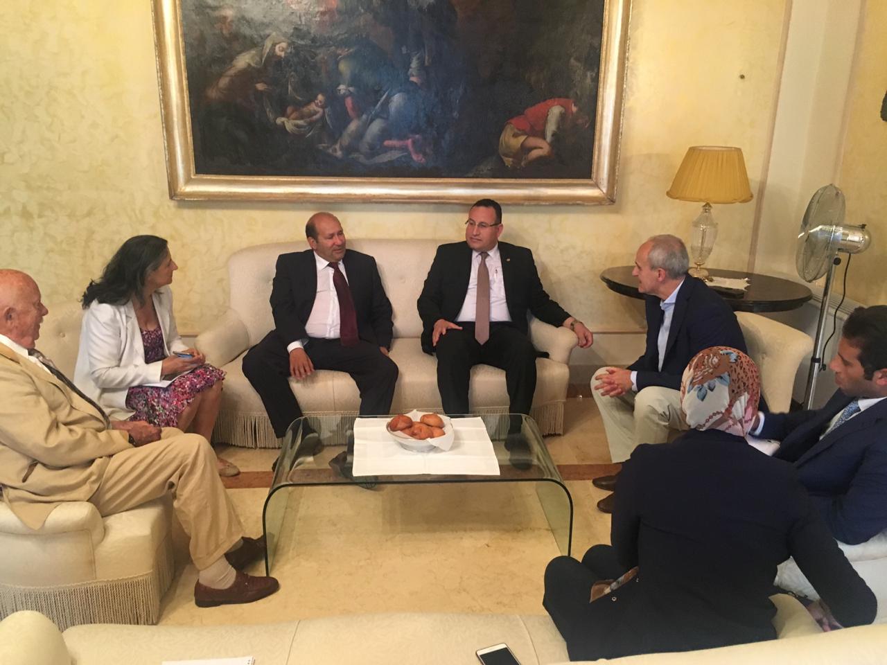 محافظ الإسكندرية مع محافظ  (5)