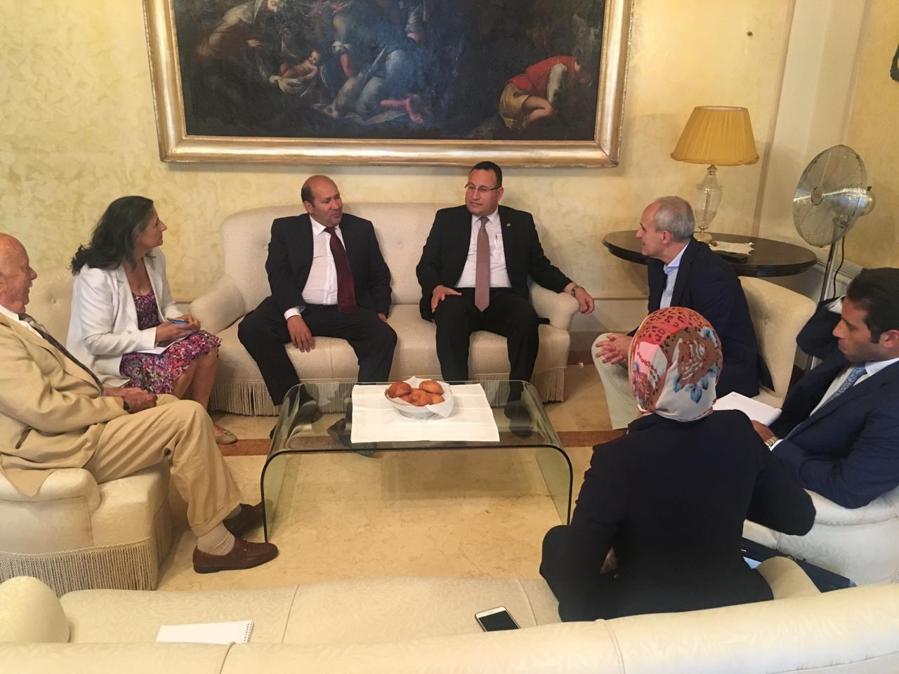محافظ الإسكندرية مع محافظ  (1)