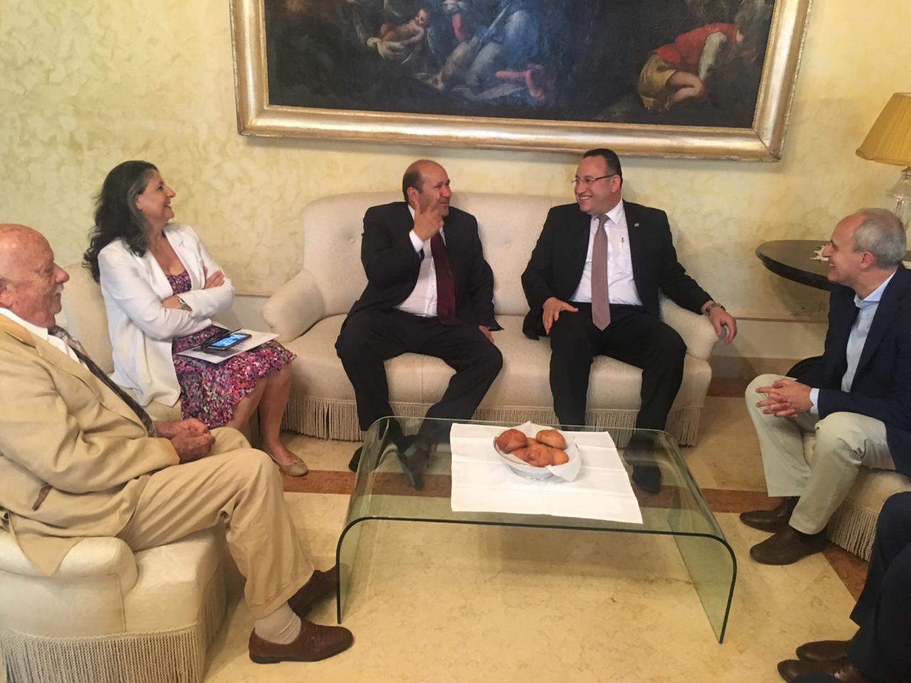 محافظ الإسكندرية مع محافظ  (4)
