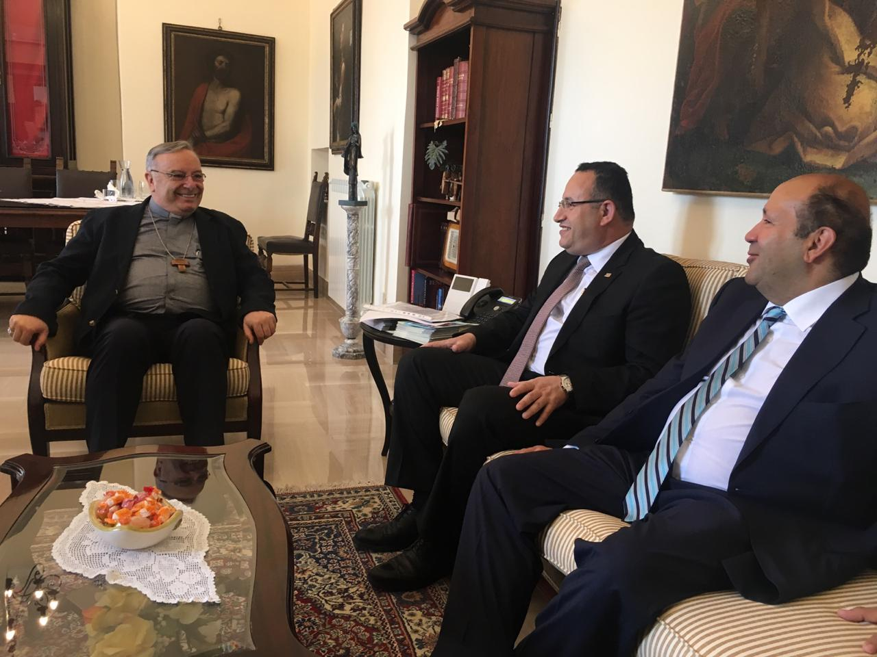 محافظ الإسكندرية يبحث إطلاق أول رحلة حجاج إيطاليين من جزيرة صقلية لمصر (3)