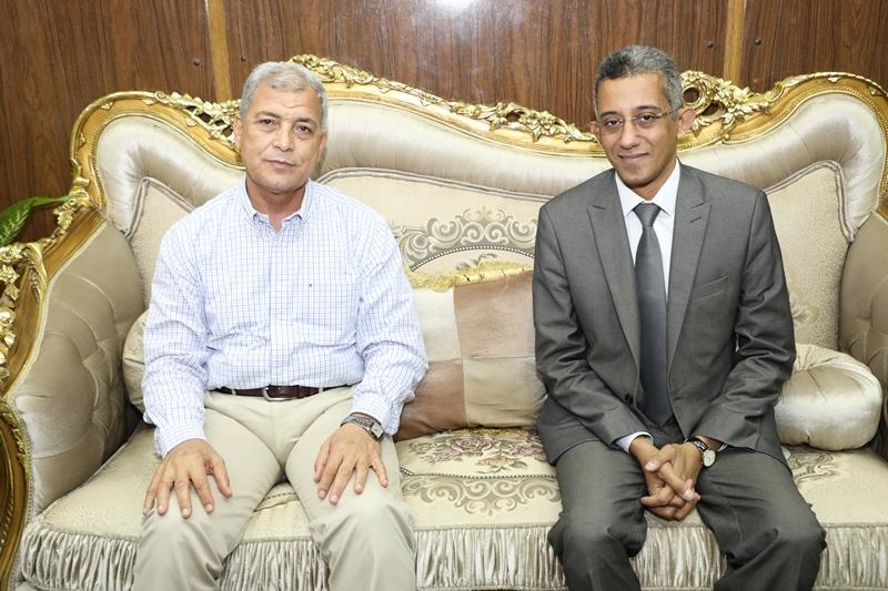 محافظ المنوفية يستقبل رئيس مركز المعلومات ودعم اتخاذ القرار بمجلس الوزراء (10)