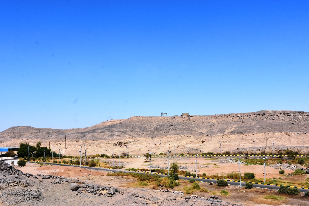 محافظ أسوان تحويل معابد فيلة لمنطقة جذب سياحى (2)