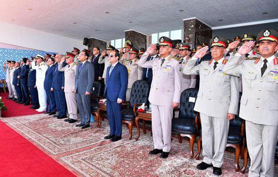 الرئيس السيسي يشهد حفل تخريج الدفعة 157 (1)