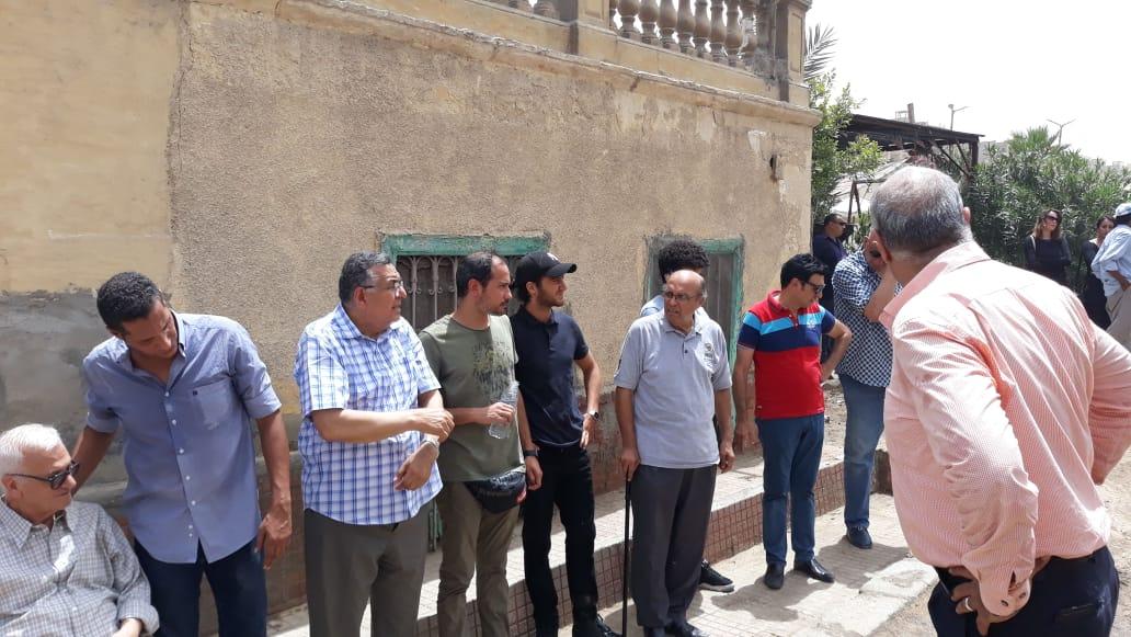 أحمد مالك و علوانى فى الجنازة