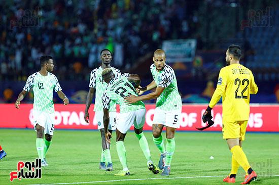 نيجيريا وتونس (48)