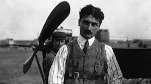 الطيار الفرنسي رولان جاروس