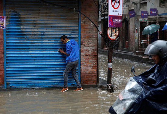 فيضانات نيبال (2)