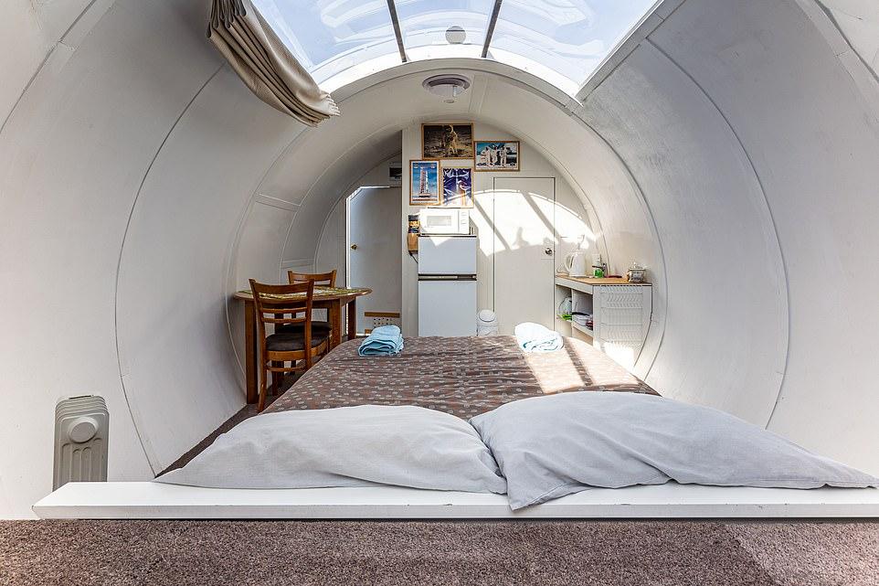 غرف فندقية مستوحاة من المركبة الفضائية  أبولو 11 (7)