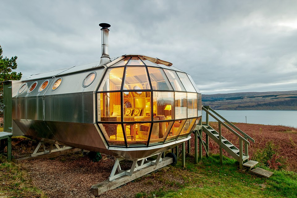 غرف فندقية مستوحاة من المركبة الفضائية  أبولو 11 (5)
