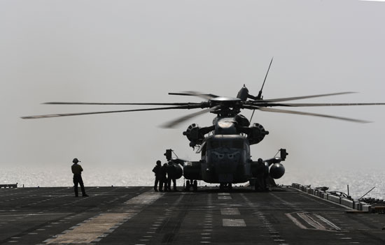 ضباط-البحرية-الأمريكية
