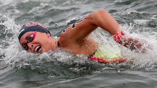 احد-المتسابقين-فى-بطولة-العالم-الثامنة-عشر-للسباحة