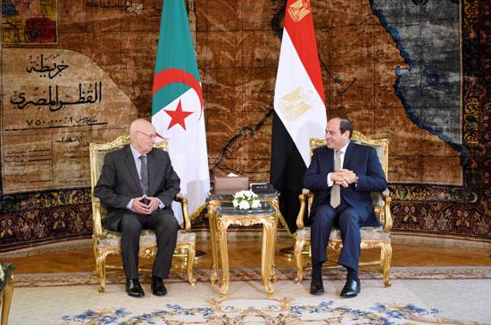 السيسى يستقبل عبد القادر بن صالح  (1)
