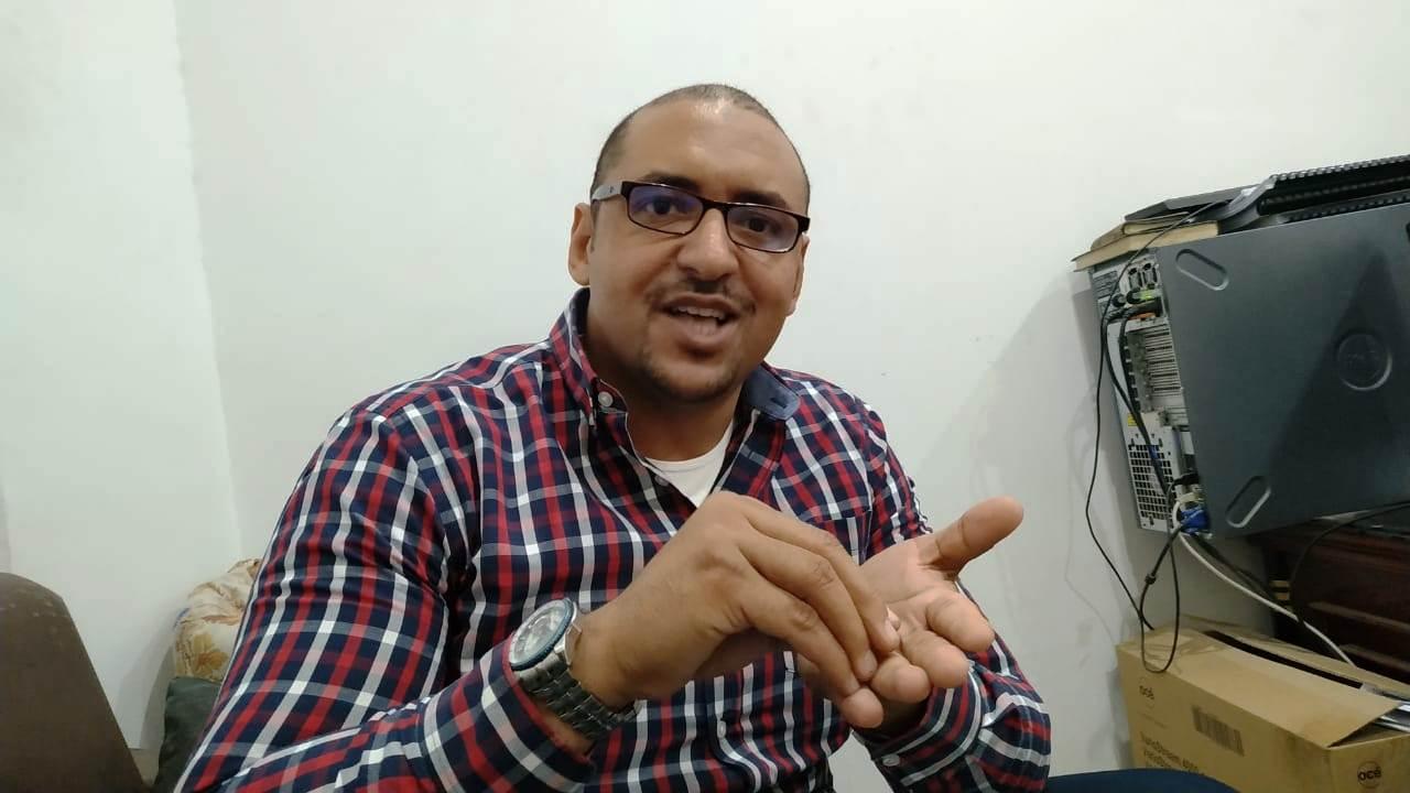 -الدكتور أحمد عبد الدايم، مدير إدارة اختبار وتشغيل البرامج بشركة جنوب القاهرة لتوزيع الكهرباء