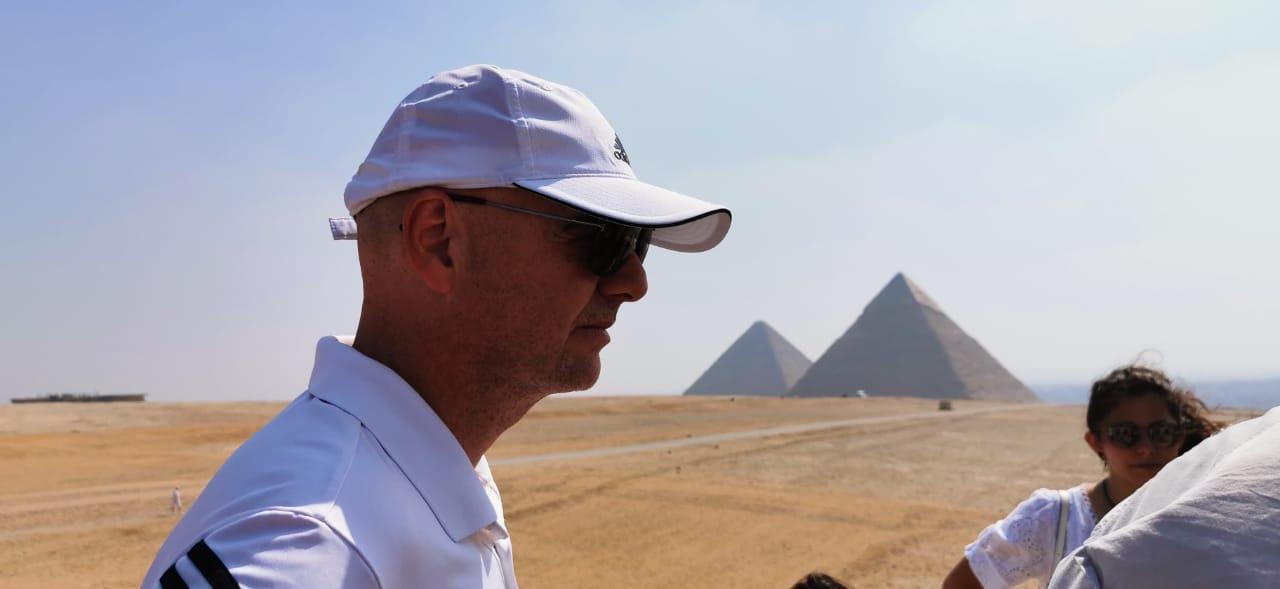 رئيس الفيفا فى الأهرامات (2)
