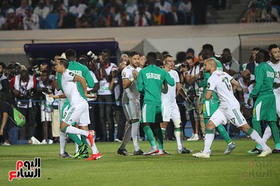 الجزائر والسنغال (37)