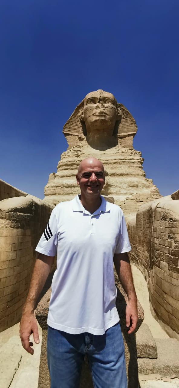 رئيس الفيفا فى الأهرامات (10)