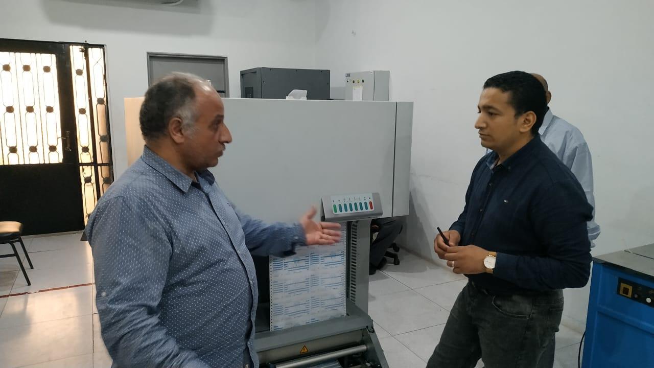 المحاسب عصمت عبد الظاهر مع محرر اليوم السابع