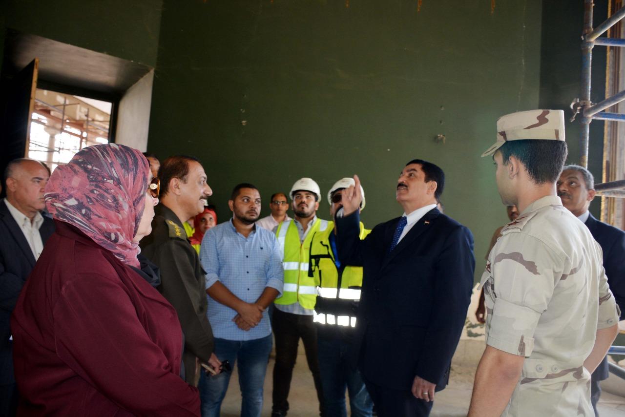 محافظ القليوبية يتفقد أعمال ترميم قصر محمد علي بشبرا الخيمة (4)