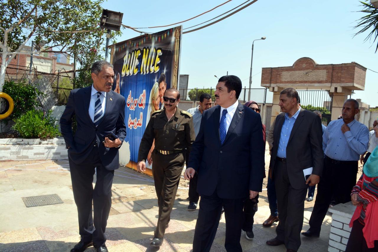محافظ القليوبية يتفقد أعمال ترميم قصر محمد علي بشبرا الخيمة (8)