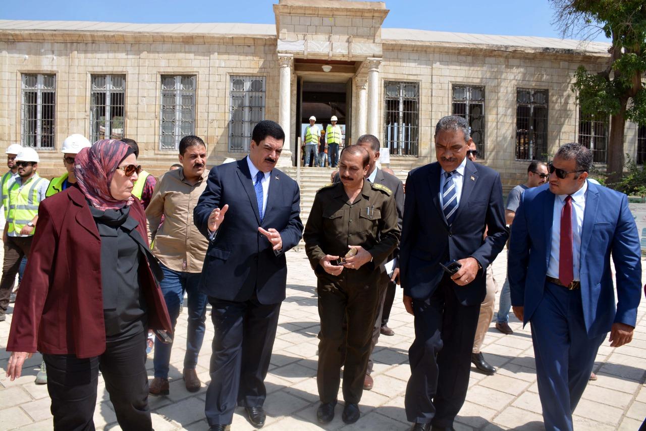محافظ القليوبية يتفقد أعمال ترميم قصر محمد علي بشبرا الخيمة (9)