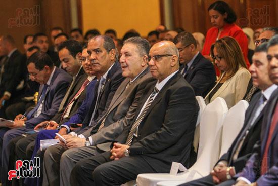مؤتمر قطاع الاعمال (7)