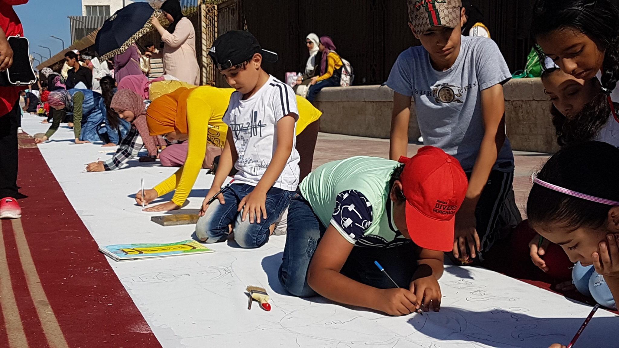 طلاب بورسعيد يرسمون معالمها (11)