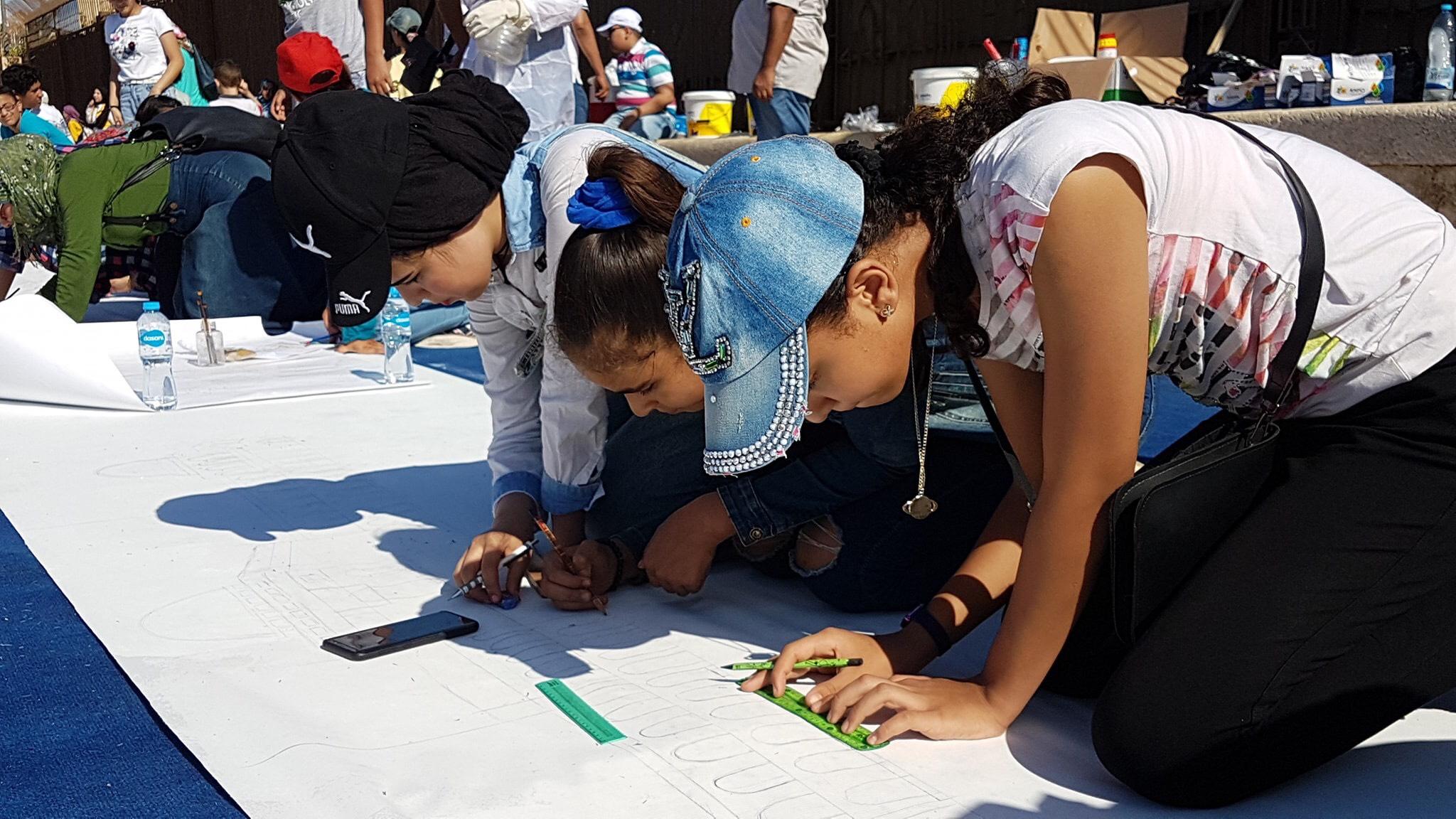 طلاب بورسعيد يرسمون معالمها (16)