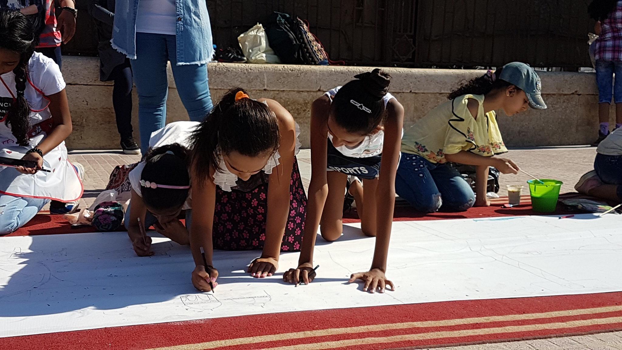 طلاب بورسعيد يرسمون معالمها (12)