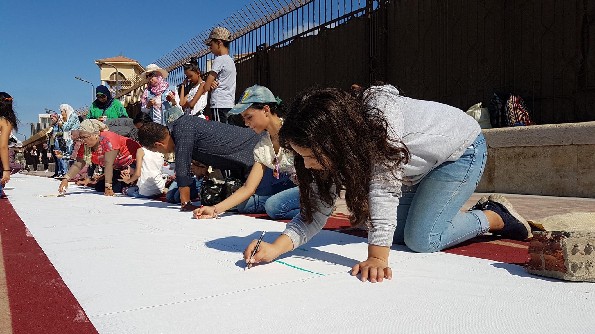 طلاب بورسعيد يرسمون معالمها (20)