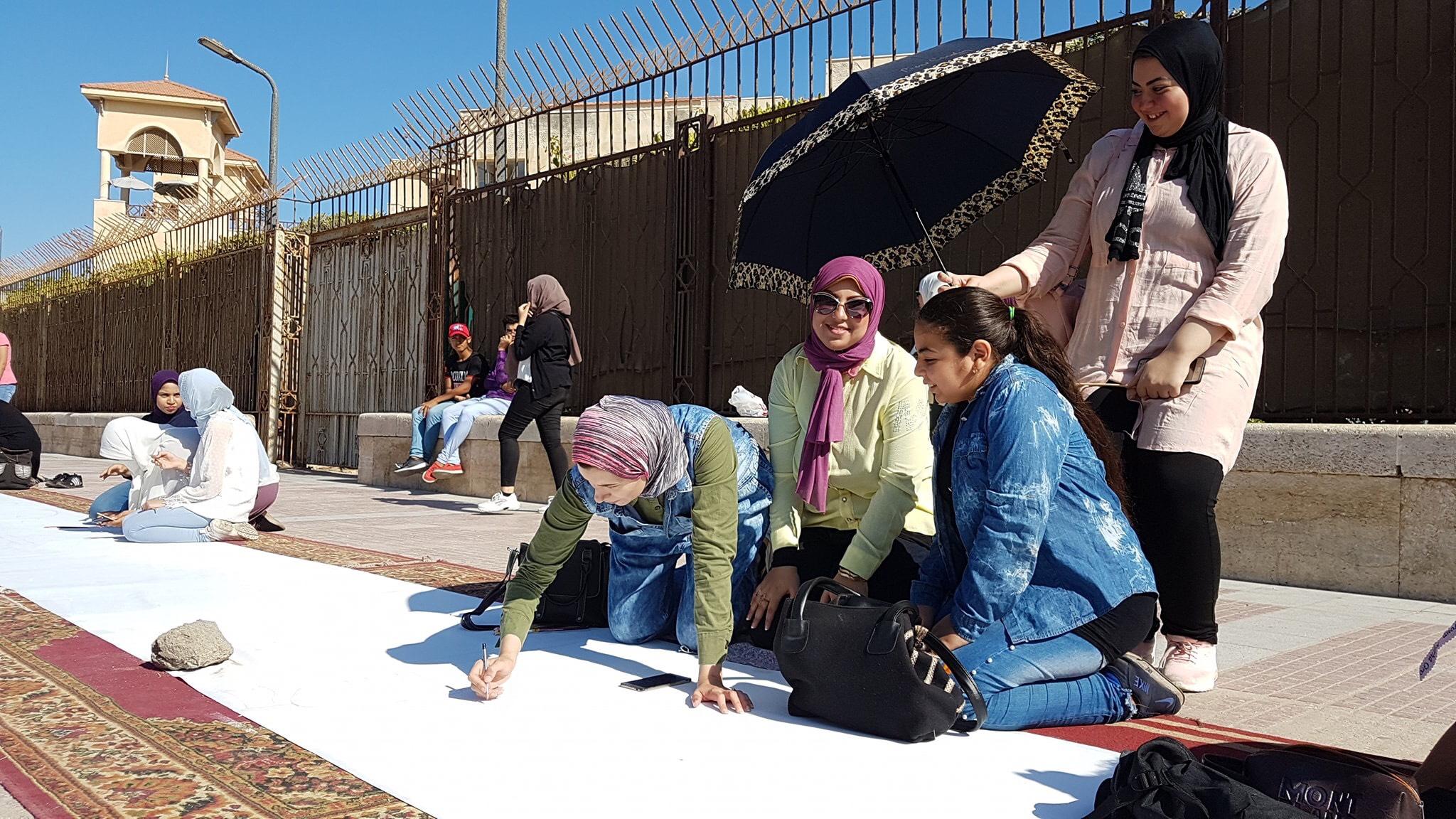 طلاب بورسعيد يرسمون معالمها (25)
