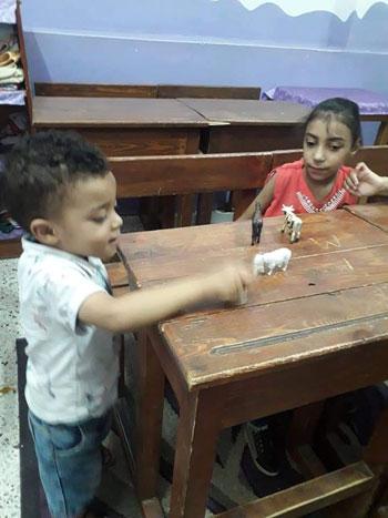 هل تتدخل التعليم لإنقاذ المدرسة الوحيدة تقبل الأطفال من سن 4 سنوات (16)