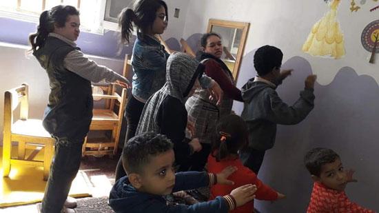 هل تتدخل التعليم لإنقاذ المدرسة الوحيدة تقبل الأطفال من سن 4 سنوات (6)