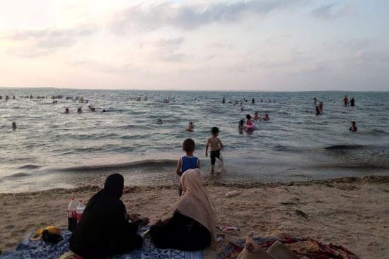 شاطىء الرواق (1)