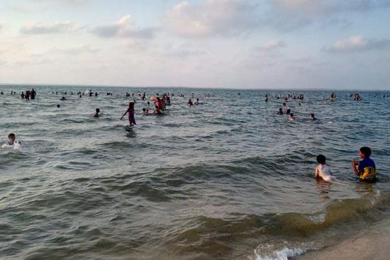 شاطىء الرواق (4)