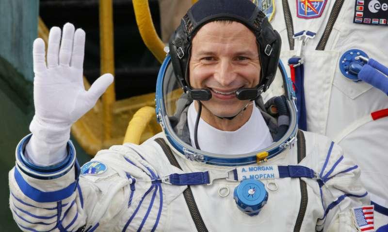 رائد الفضاء الامريكي