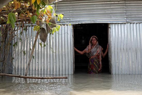 الفيضانات تغرق المنازل