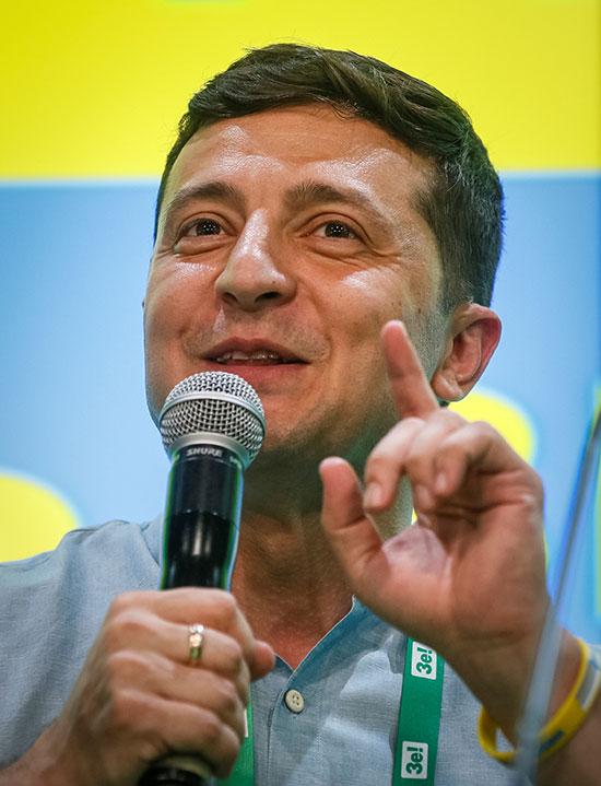 رئيس أوكرانيا فى كلمته امام الحزب