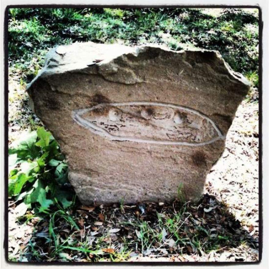 Space Alien Grave 6