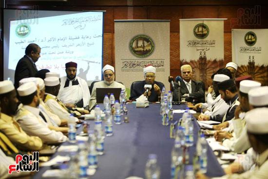 تخريج دفعة ائئمة  لانجلترا وليبيا (6)