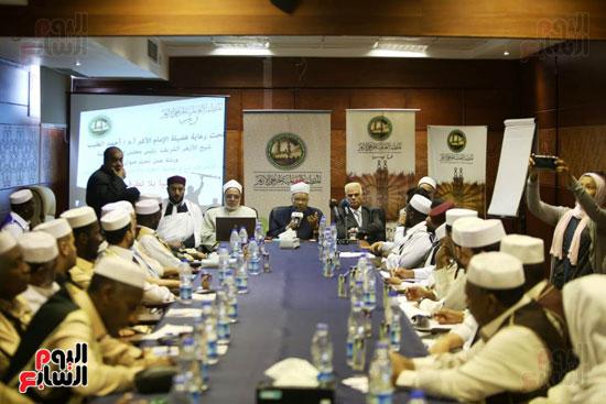 تخريج دفعة ائئمة  لانجلترا وليبيا (10)