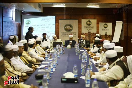 تخريج دفعة ائئمة  لانجلترا وليبيا (8)