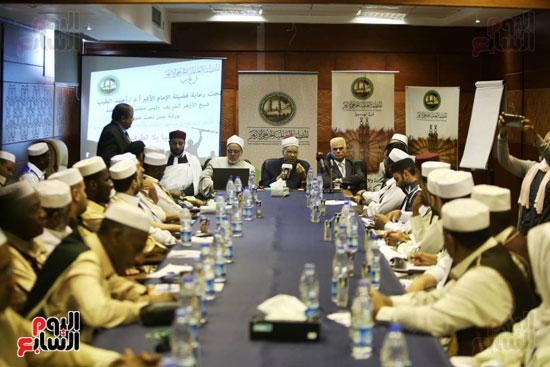 تخريج دفعة ائئمة  لانجلترا وليبيا (11)