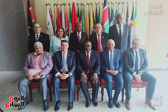 الدكتور على عبد العال رئيس مجلس النواب ورئيس الشيوخ الكينى (3)